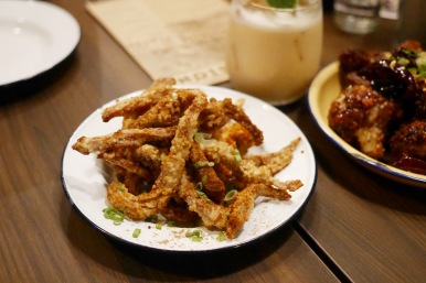 Pig ear fritters - Provisions