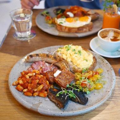 Common Man Coffee Roaster Big Breakfast